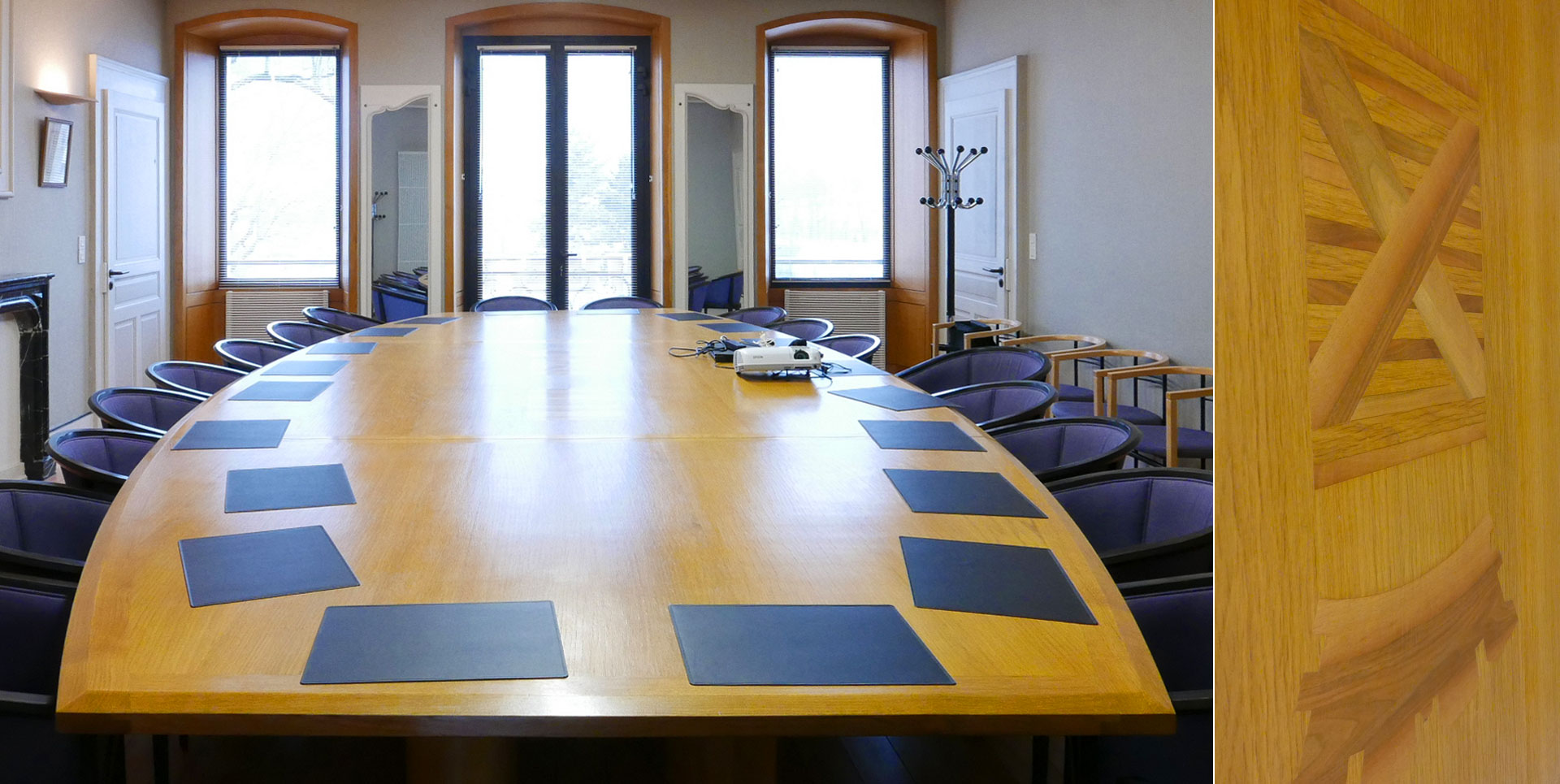 Dessin et conception de la table du conseil